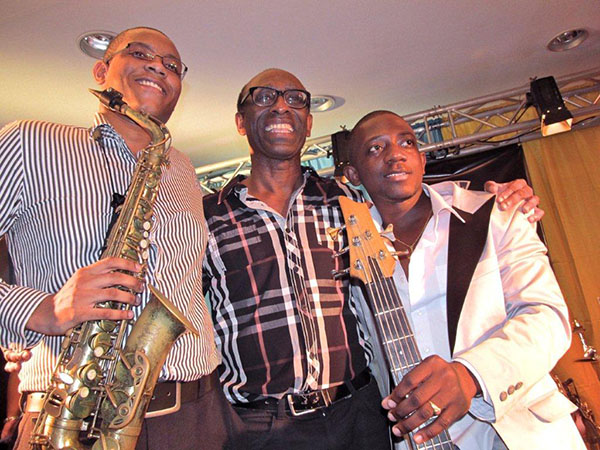 Up and coming and experienced talent: saxophone player Gordon Brandon, multi-instrumentalist Ronald Snijders and bass player Jason Eduards